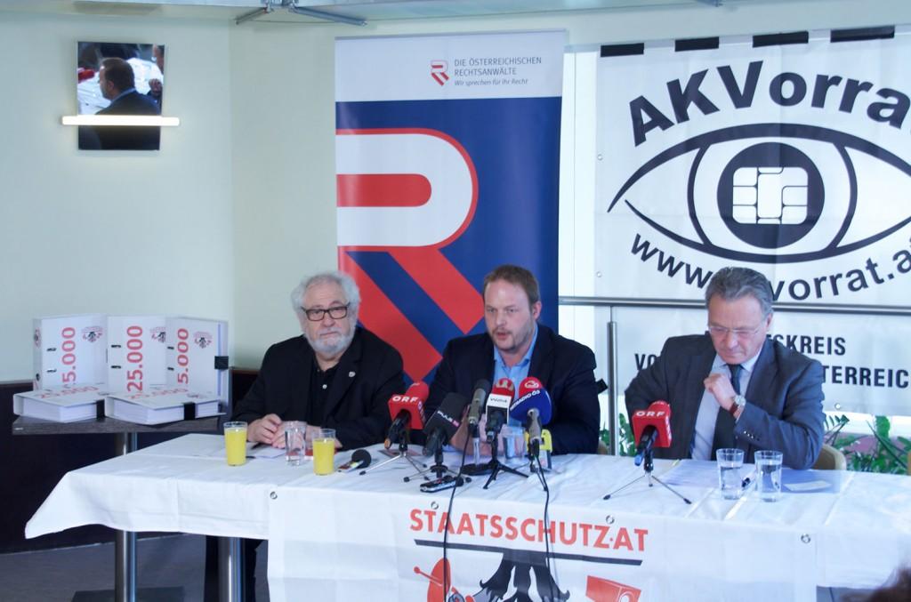 BILD zu OTS - Staatsschutzgesetz: †berwachungsgesetz ohne Notwendigkeit (Pressekonferenz) - (c) Werner Reiter